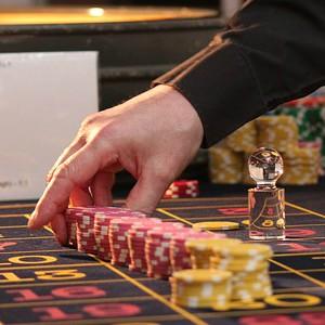 Juega en el casino para no estar de mal humor.